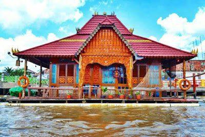 Rumah Adat Limas - Sumatera Selatan
