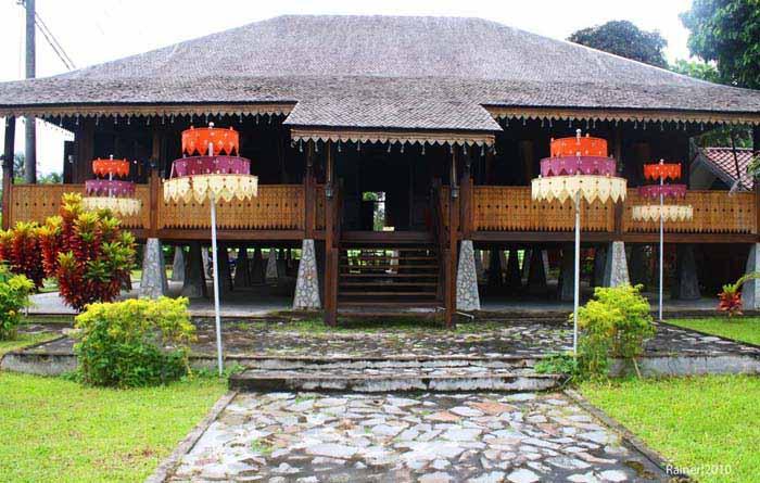 Rumah Adat Panggung - Bangka
